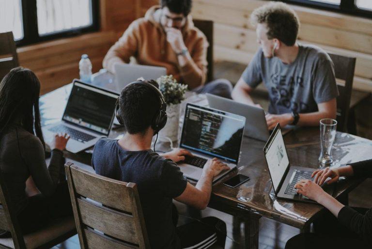 Czy łatwo znajdziemy profesjonalną firmę z branży finansowej?