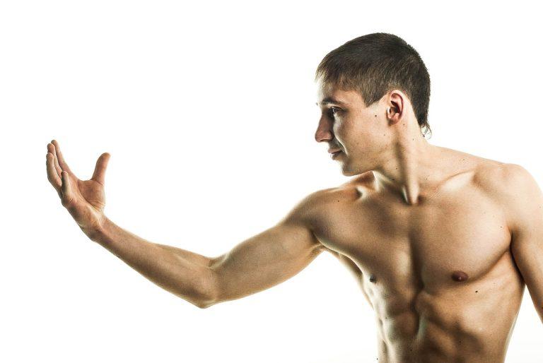Jakie składniki odżywcze wspierają budowy mięśni